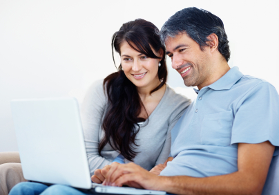 Egg Donor Couple on Computer